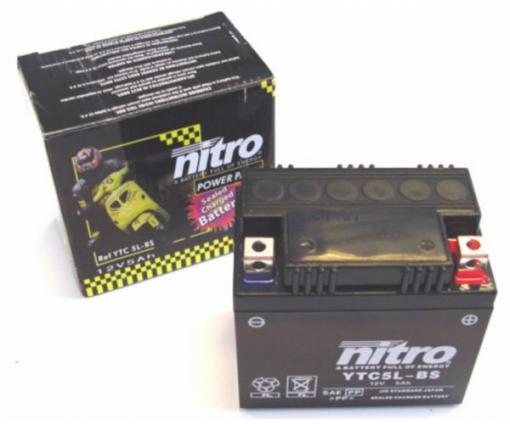 Accu Nitro 4 takt kleine scooter modellen 5amp